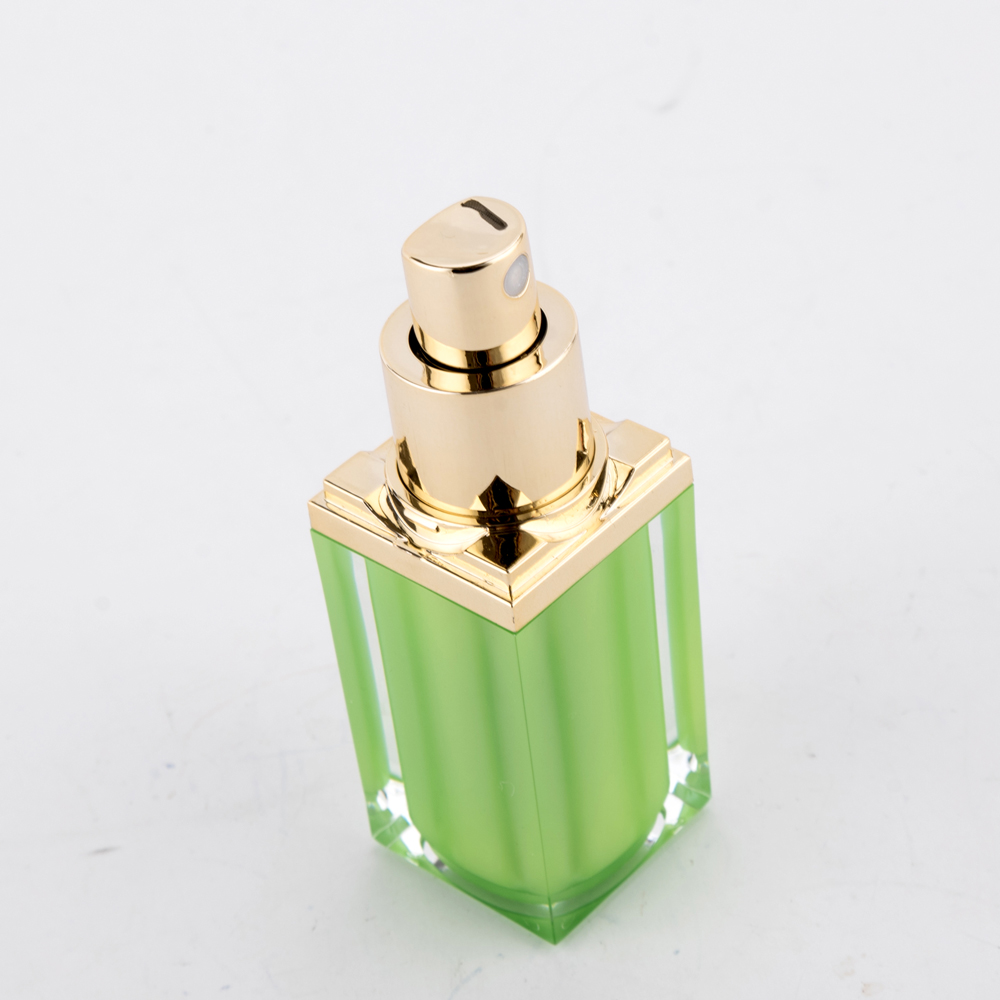 15ml PMMA Green Spray Cosmetic Lotion Bottle